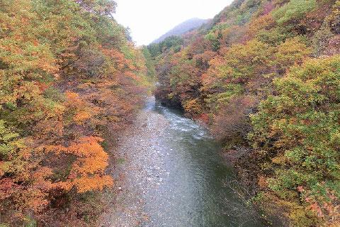 西根川渓谷